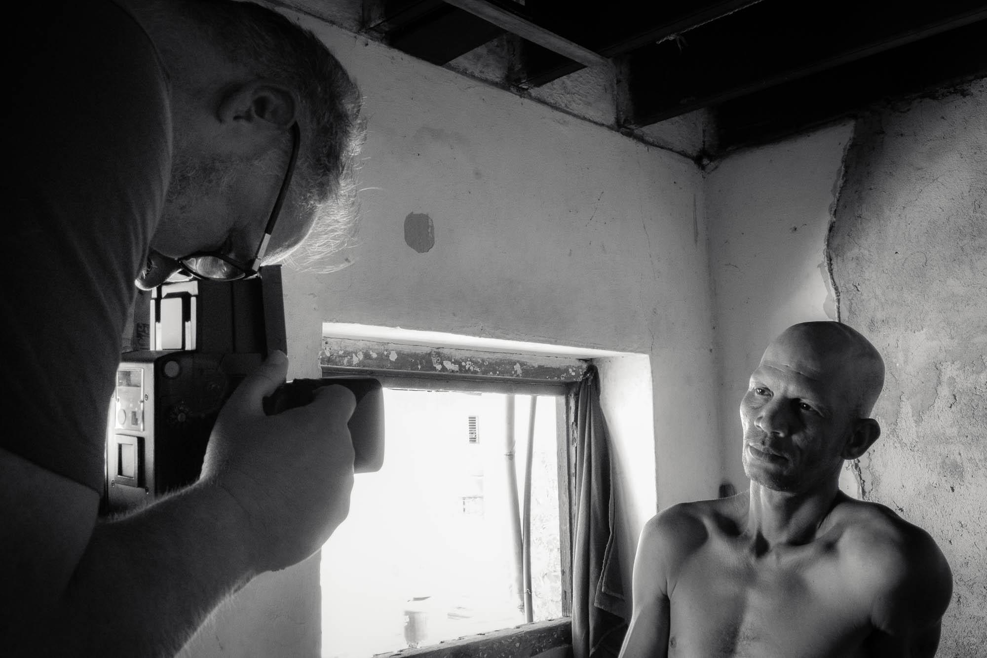 Portrait mit Rolleiflex in Havanna - behind the scenes